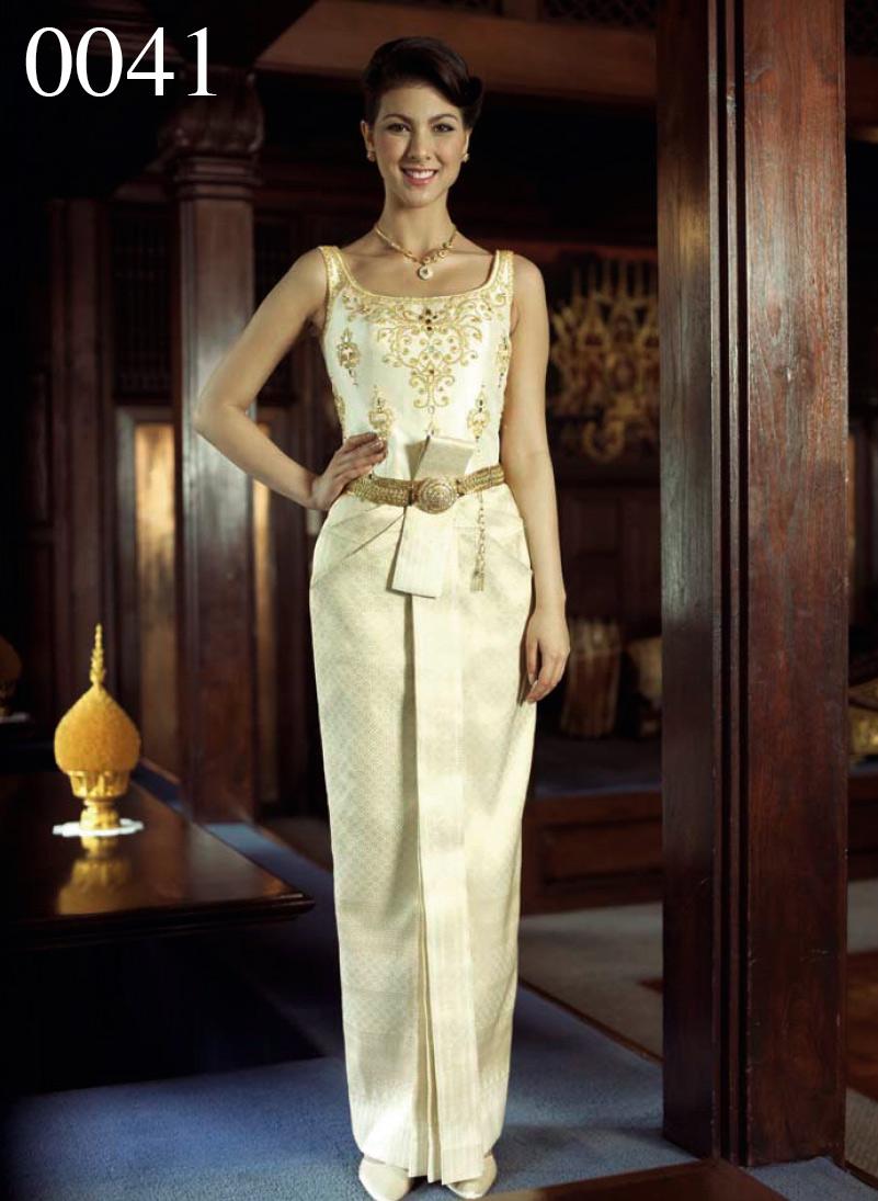 แนะแนวทางการเลือกชุดไทยแต่งงานสำหรับว่าที่เจ้าสาว