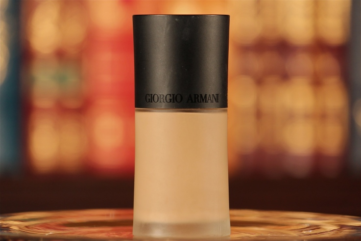 armani-luminous-silk-foundation