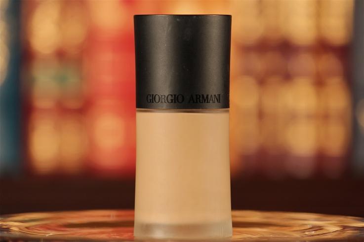 armani-luminous-silk-foundation